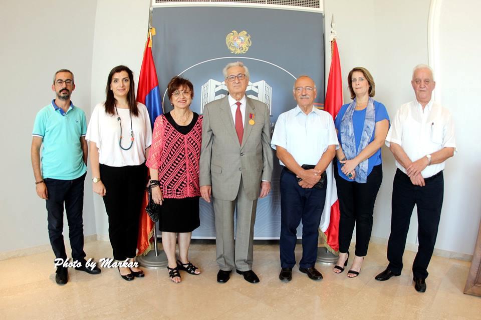 Accomplished Principal Dikran Jinbashian Awarded Diaspora Ministry Gold Medal