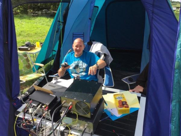 Phil M0NVS enjoying Sunday morning sunshine like a lizzard