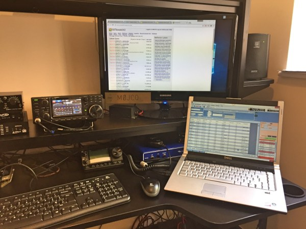 Icom 7300 and Log4OM in my shack