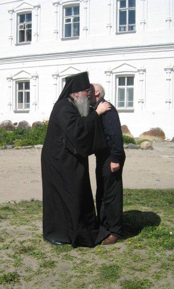 Отец Мефодий и доктор Фелми