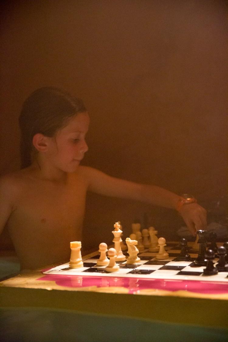 Hammam Al Ándalus celebra el I torneo infantil de ajedrez en el agua en Madrid