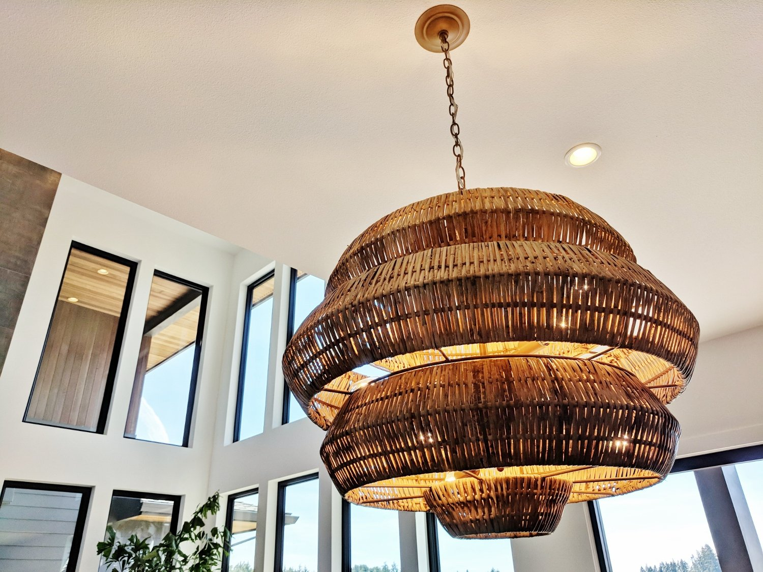 10 Street of Dreams Ideas You Can Easily Copy: Luxury lighting