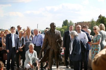 Capability Brown Statue unveiling