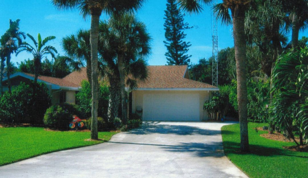 Ham Radio Friendly Vero Beach Home for Sale
