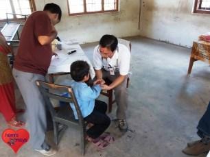 2013-09_smss_medical-camp (34)