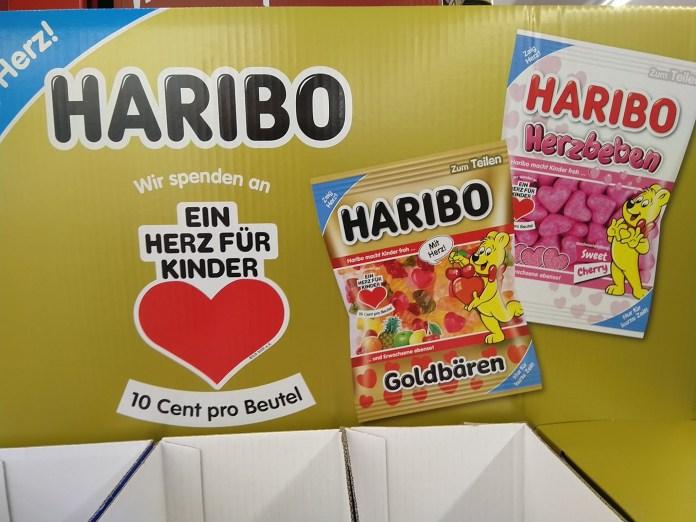Haribo verlost Herz-Pakete mit Plüsch-Goldbär, Tassen, Skat-Spiel