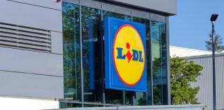 Einkaufen & Gewinnen: Lidl Plus App scannen, je 25 Euro Einkaufswert ein Los erhalten - und Chance auf BMW i3, Smart-TV, E-Scooter ... sichern. Foto: Lidl