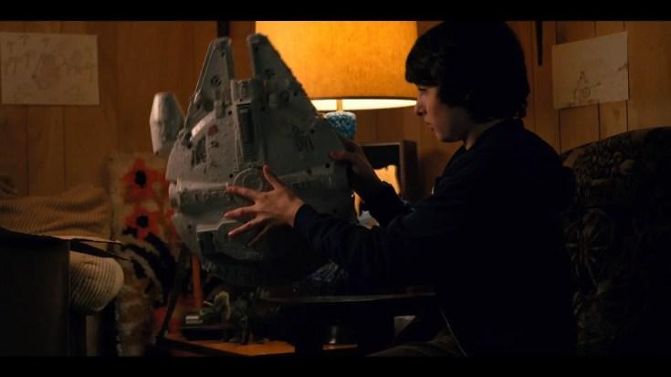 Stranger Things 2 - Easter Egg, Riferimenti, Omaggi e Citazioni - Episodio 1: MADMAX