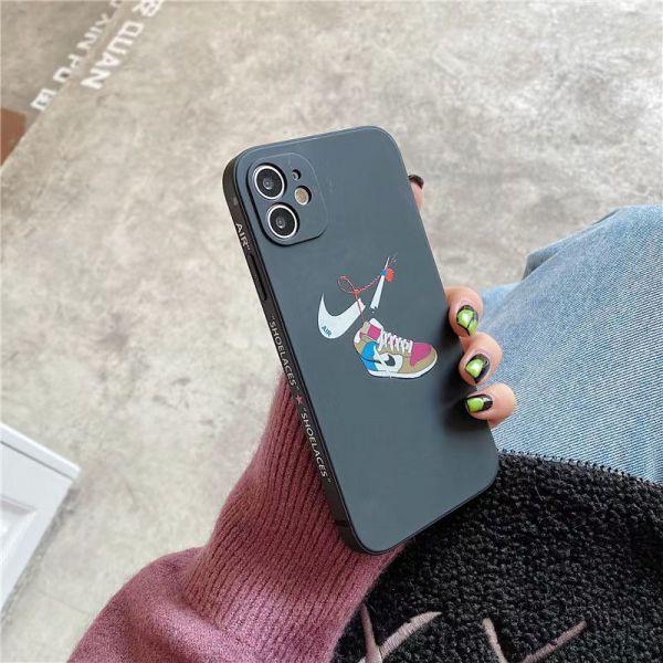 iphone12 ナイキ ケース カップル NIKE iphone12mini/11pro max カバー 海外 人気 iphone11/xs/xr ケース カメラ 保護 アイフォンカバー 10r/8plus 可愛い
