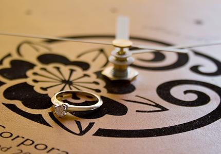 結婚記念祝 花個紋壁掛け時計MonClock