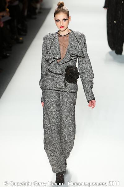 Mercedes Benz 2011 New York Fashion Week Hananexposures Veneziana Fall 2011 (13)