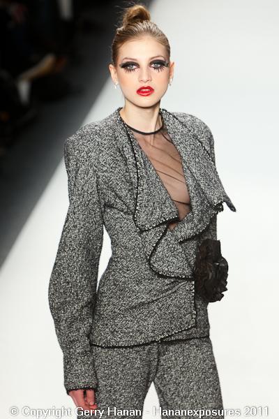 Mercedes Benz 2011 New York Fashion Week Hananexposures Veneziana Fall 2011 (14)