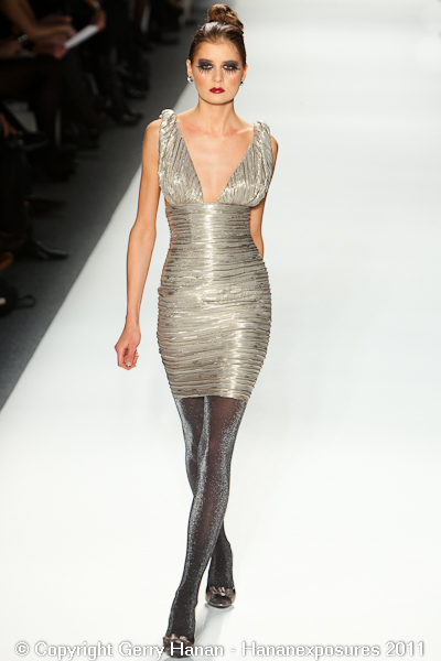 Mercedes Benz 2011 New York Fashion Week Hananexposures Veneziana Fall 2011 (32)