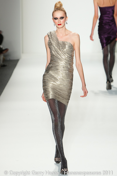 Mercedes Benz 2011 New York Fashion Week Hananexposures Veneziana Fall 2011 (37)