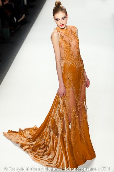 Mercedes Benz 2011 New York Fashion Week Hananexposures Veneziana Fall 2011 (56)