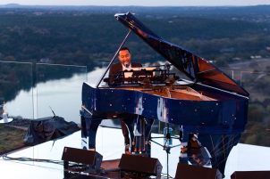 john-legend-formula-one-party-austin-hananexposures-3254
