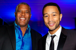 robert-smith-john-legend-formula-one-party-austin-hananexposures-3336