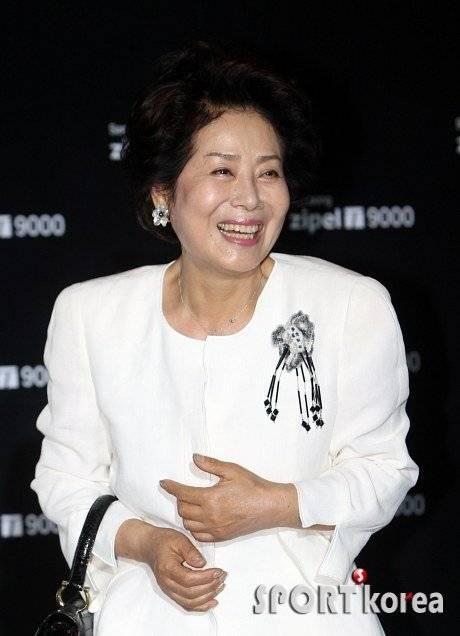 Seonwoo Yongnyeo   Picture Gallery  HanCinema
