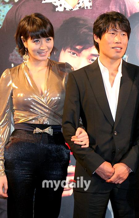Director Lee Hyunseung Kim Hyesoo and Yoo Haejin not