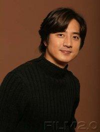 Jeong Joon-ho from Hancinema.net