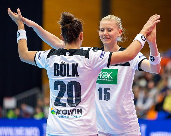 deutsche handballerinnen feiern