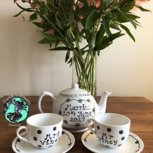 Hand Drawn Daisy Chain design teapot gift set from Charlotte Kleban & Hand Drawn World
