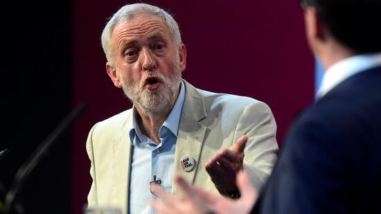 Das Partei-Establishment traut dem Mann mit den weißen Haaren und dem weißen Bart schlichtweg nicht zu, Wahlen zu gewinnen. Quelle: Reuters