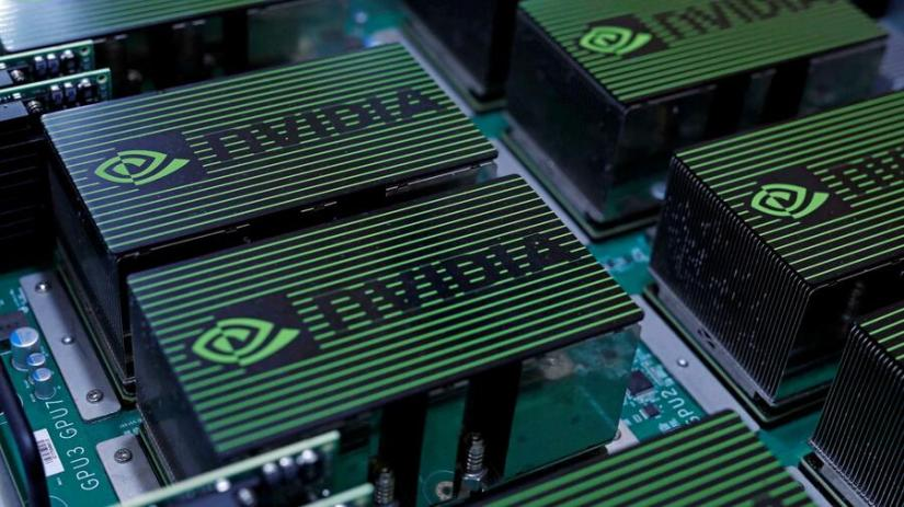 The US chip manufacturer is said to be interested in the chip designer Arm Holdings, which belongs to the Japanese technology investor Softbank.  Source: Reuters
