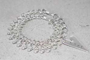 Love armband, silvermetall länk med hjärta stansat med önskad text