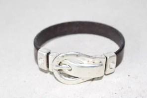 Skärp armband, läder med lås i silvermetall