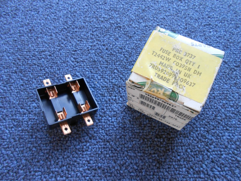 hight resolution of land rover military defender 90 110 air conditioning fuse box