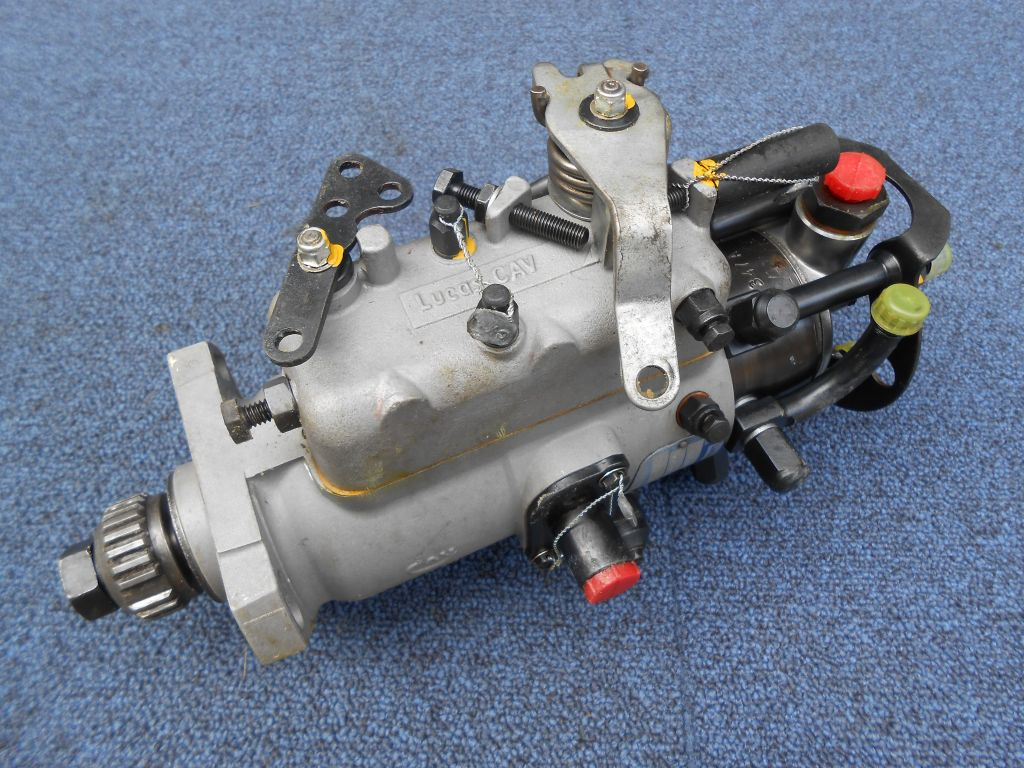 hight resolution of military perkins bedford lucas cav diesel fuel injection pump dpa3362f770
