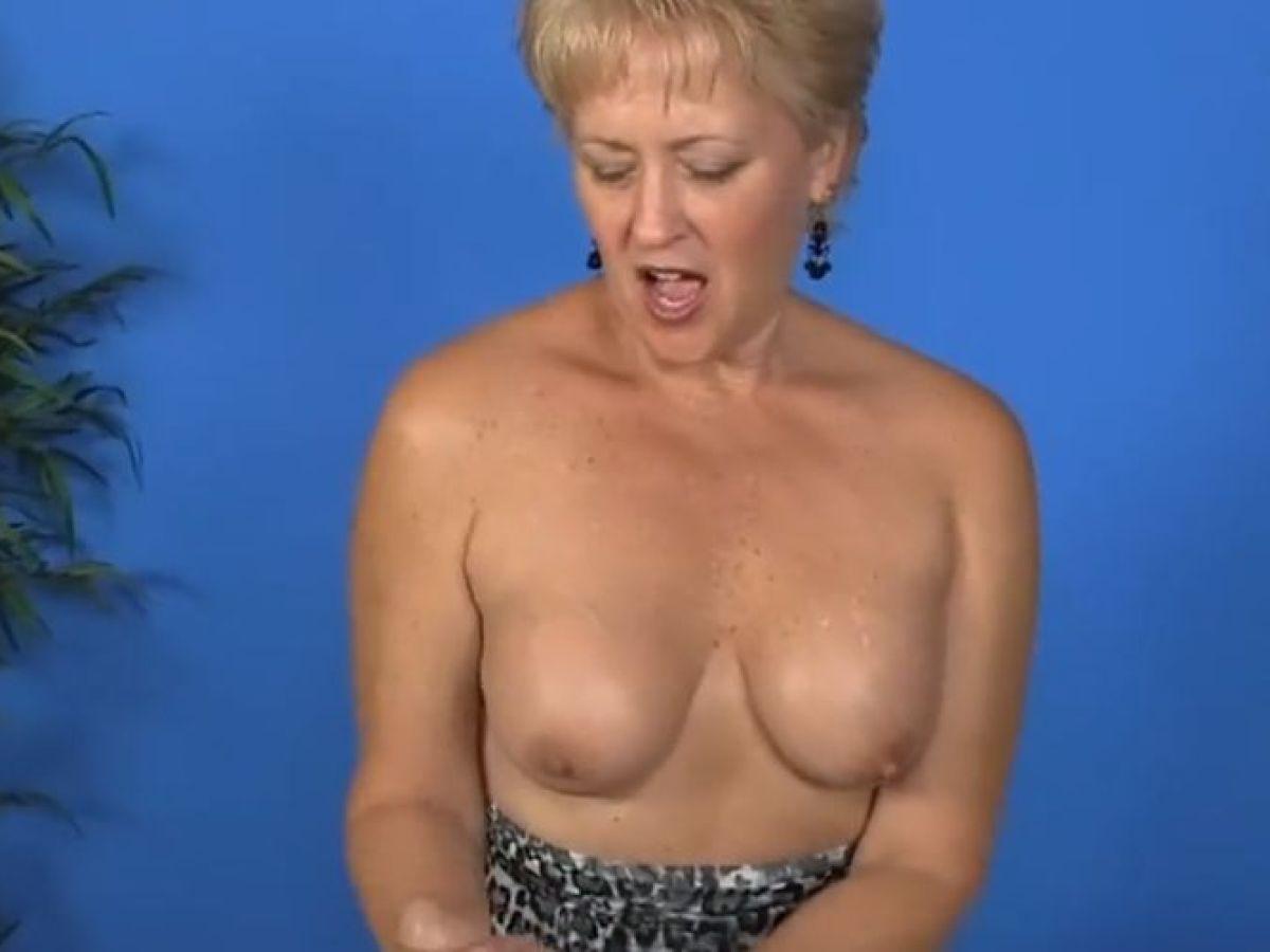 Big Tits Massage Parlor