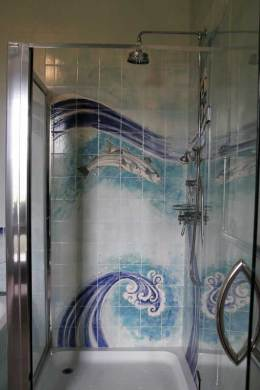 Fish / waves tiles shower tiles