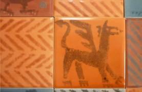 Dragon sponge print tile