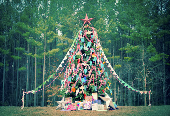 Contemporary Outside Decorating Ideas Outdoor Vertical Tree For Christmas Fall