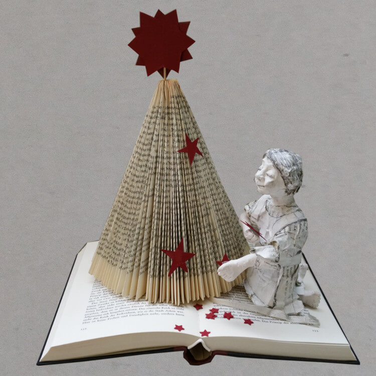 DIY Weihnachtsbaum aus Buch falten  HANDMADE Kultur
