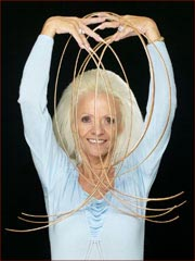 Lee Redmond loses the Guinness World Record longest fingernails.