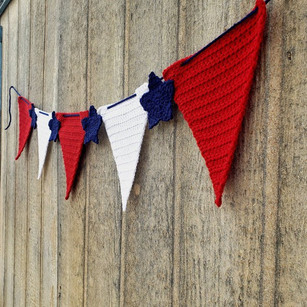 Crochet Independence Day Banner Pattern Free Hands Yarn Hook