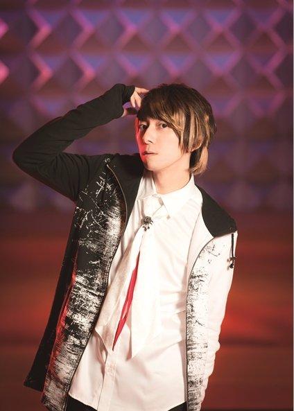 "Wataru Hatano ""KING & QUEEN"" official promotional photo"
