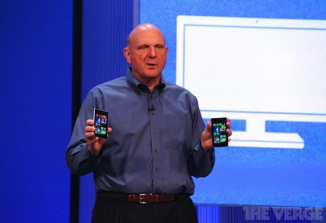 Microsoft kauft Nokia Handysparte - Steve Ballmer mit Windows Phone