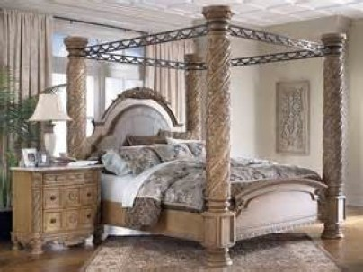 Ashley Furniture Ashley North Shore Poster King Bedroom Set from
