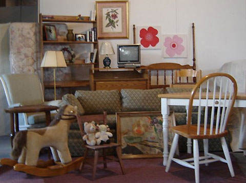 How to Arrange for Furniture Donation Pickup