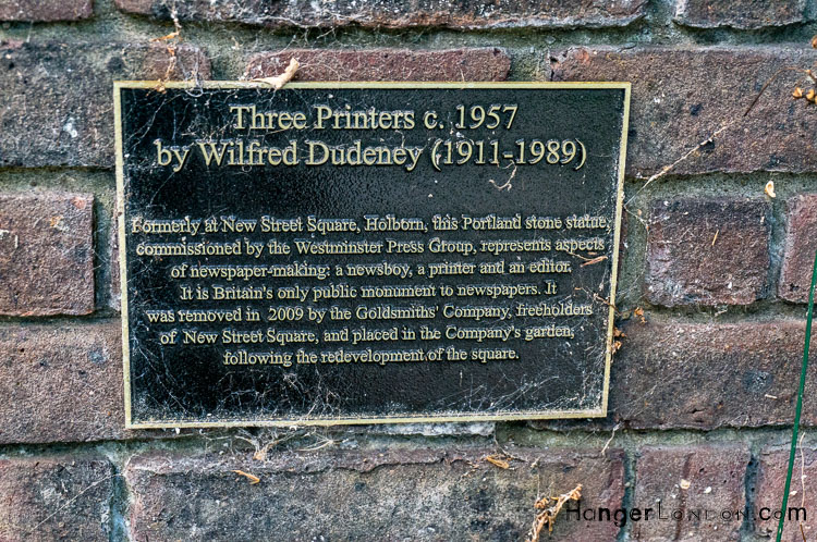 Three Printers Sculpture info plaque. Artist Wilfred Dudeney, the only uk statue to Newspaper Industry