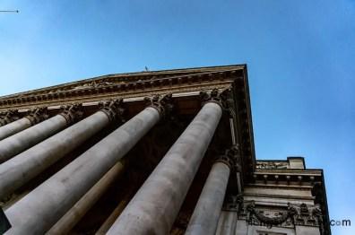 Portico 8 pillars The Royal Exchange