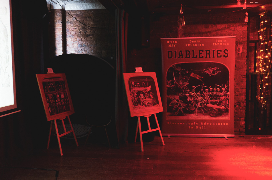 Brief look at Diableries Stereoscopic Adventure in Hell - Dr Brian May Collection 3