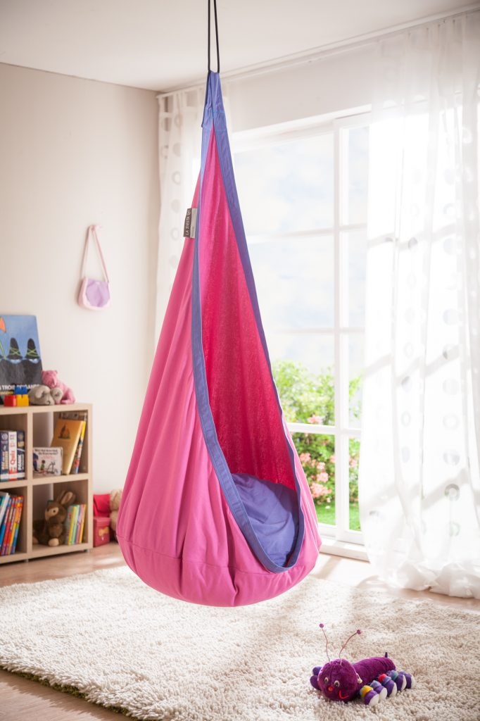 Review The Best Hanging Chairs for Kids
