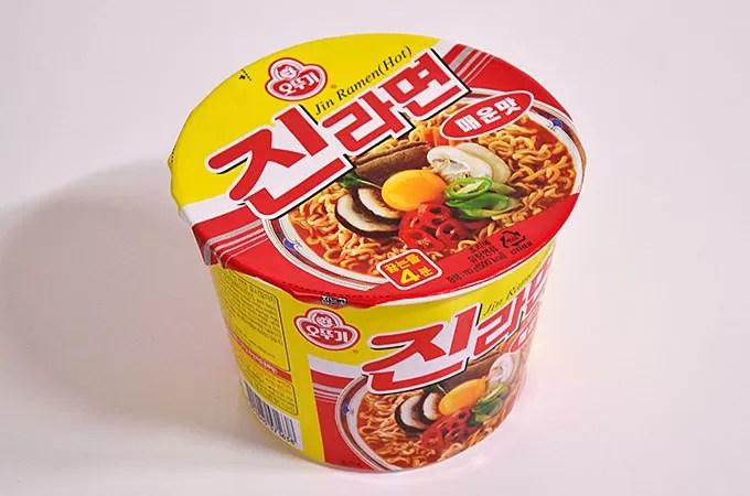진라면 韓国でも人気のラーメン「ジンラーメン」