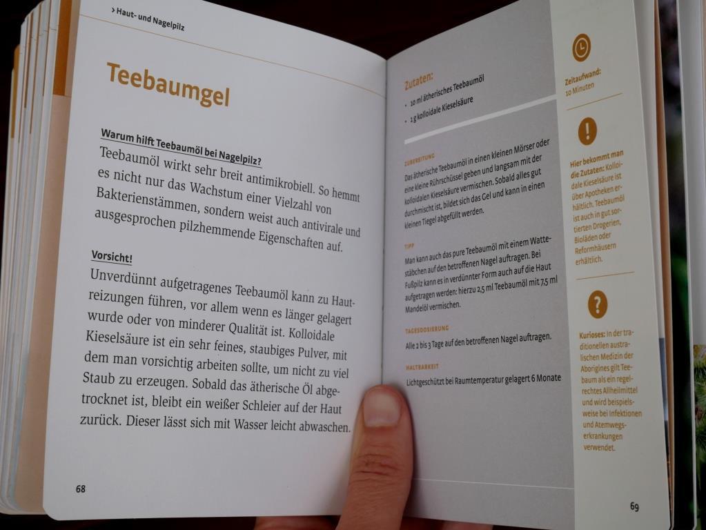 Rezept im Buch Haut und Haare - Salben, Gels, Cremen mit Kräutern selber machen