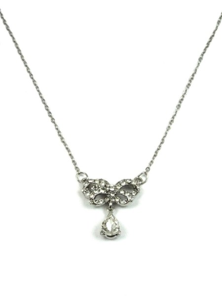 DELICATE BOW NECKLACE